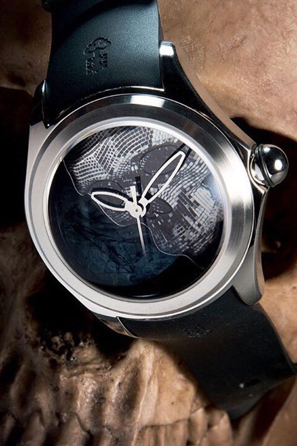 Corum Suisse - orologi - Rizzuto Gioielleria.